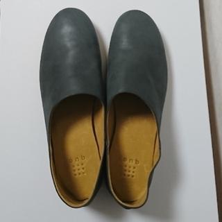【新品・未使用品】que shoes プレーン ブルーグレー M キューシューズ(ローファー/革靴)