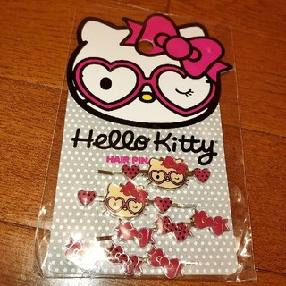 ハローキティ - 【新品】ハローキティ ヘアピン 眼鏡デザイン