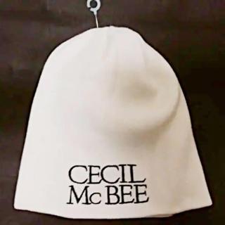 ロンハーマン(Ron Herman)のCECIL McBEEセシルマクビー白黒エンブレム刺繍ニットキャップ帽フリー新品(ニット帽/ビーニー)
