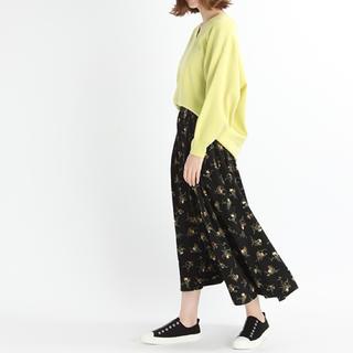 スタディオクリップ(STUDIO CLIP)の黒花柄ロングスカート(ロングスカート)