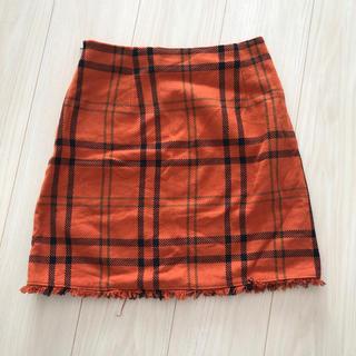 ジーユー(GU)のgu オレンジチェックスカート (ミニスカート)