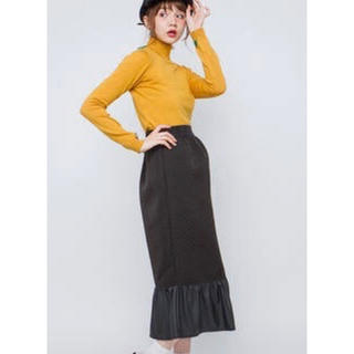 メリージェニー(merry jenny)のずるタイトスカート。黒(ロングスカート)