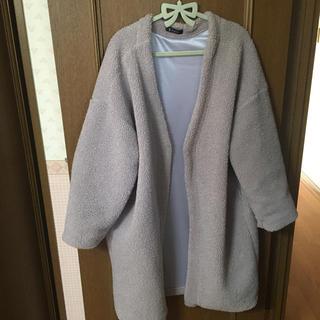 Avail - 【着払い555円】アベイル もこもこ ボアコート グレー 中肌色