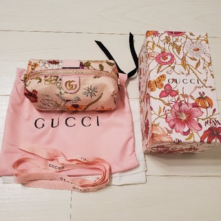 Gucci - gucci フローラプリント 日本限定 ポーチ