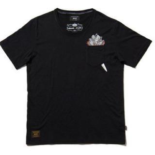 グラム(glamb)の新品❤️glamb ジョジョの奇妙な冒険 Tシャツ M(2) リゾット ブラック(Tシャツ/カットソー(半袖/袖なし))