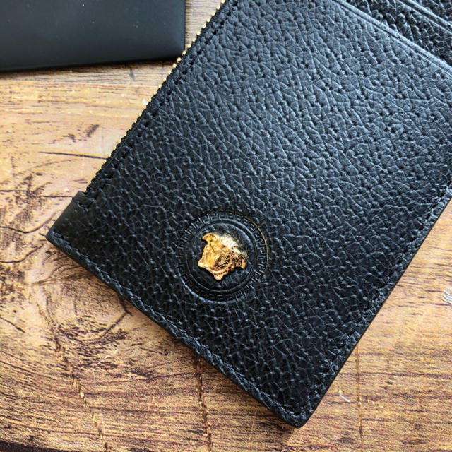 VERSACE(ヴェルサーチ)の新品 VERSACE ヴェルサーチ カード コイン ケース 新作 メンズのファッション小物(折り財布)の商品写真