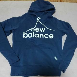 ニューバランス(New Balance)のnew balance紺色パーカー(パーカー)