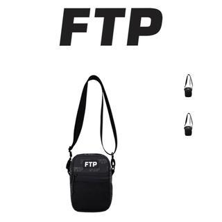 アンディフィーテッド(UNDEFEATED)のFUCK THE POPULATION FTP LOUTLINESIDE BAG(ショルダーバッグ)