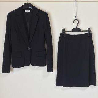 ナチュラルビューティーベーシック(NATURAL BEAUTY BASIC)のナチュラルビューティーベーシック スカートスーツ S 入学式 卒業式 黒 OL(スーツ)