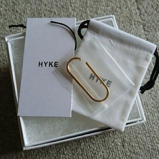 ハイク(HYKE)の新品 HYKE ハイク EAR CUFF/BIG,GOLD 箱付属(イヤーカフ)