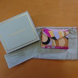 エミリオプッチ(EMILIO PUCCI)のEMILIO PUCCI 3つ折りミニ財布♪プリント♪マルチカラー(新品) (財布)