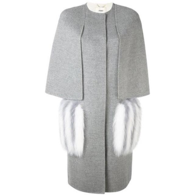 FENDI(フェンディ)のFendi cape coat♡お値下げ中 レディースのジャケット/アウター(ロングコート)の商品写真