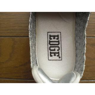 サイズが合えばお得です。靴擦れしない軽量シューズ  色:シルバー(スリッポン/モカシン)