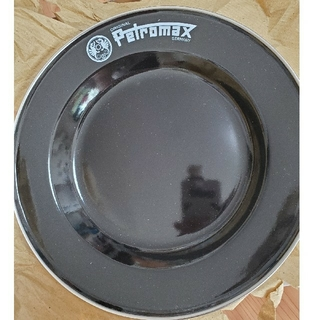 ペトロマックス(Petromax)の《マサトンさま専用》ペトロマックス エナメルプレート白黒各2枚(食器)