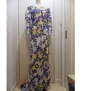 タダシショウジ(TADASHI SHOJI)のTadashi Shoji タダシショージ 刺繍とラインストーンが豪華なロングド(ロングドレス)