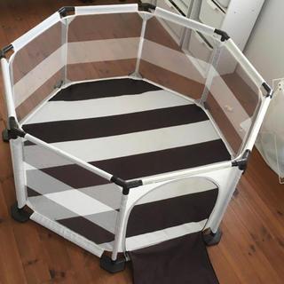 IKEA - 折りたたみできるベビーサークル