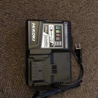 ヒタチ(日立)のHiKOKI日立 UC18YDL 急速充電器(工具/メンテナンス)