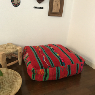 モロッコ オールドキリムプフ Red B(オットマン)