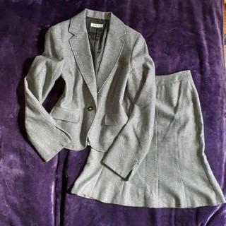 アーヴェヴェ(a.v.v)の値下げ!a.v.v noble 黒×白織柄模様 セレモニースーツ 36(S)(スーツ)