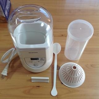 アイリスオーヤマ(アイリスオーヤマ)のヨーグルトメーカー アイリスオーヤマ  型番 IYM -012(調理道具/製菓道具)