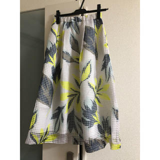 グレースコンチネンタル(GRACE CONTINENTAL)の2019ss  グレースコンチネンタル フラワーメッシュスカート 36(ロングスカート)