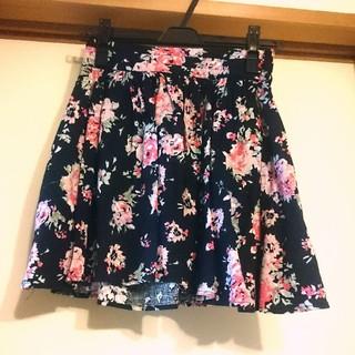 LOWRYS FARM 花柄スカート