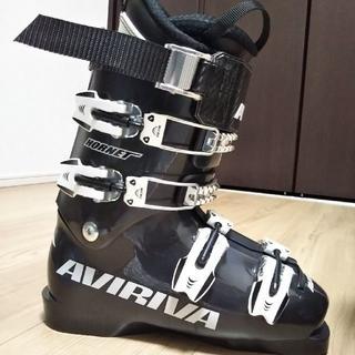 新品 売切り! AVIRIVA HORNET 日本製 スキーブーツ(ブーツ)