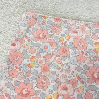 リバティ ベッツィ コーラルピンク カーサノンナ check&stripe(生地/糸)
