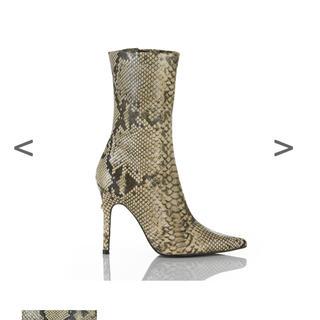 イエローブーツ(Yellow boots)の新品未使用品 YELLO KAA ショートブーツ *完売商品(ブーツ)
