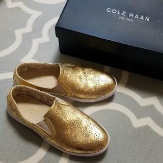 コールハーン(Cole Haan)のCOLE HAAN クロスコート ゴールド(スリッポン/モカシン)
