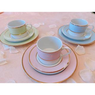 ラデュレ(LADUREE)の新品パリ風3点セットティーカップ&プレート(食器)