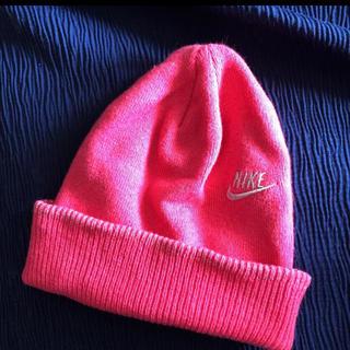 ナイキ(NIKE)のNIKE ナイキ ニット帽 ピンク(ニット帽/ビーニー)