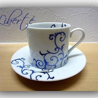ミカサ(MIKASA)のデミタスカップ&ソーサー ブルー&ホワイト アラベスク模様(食器)
