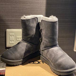 アグ(UGG)のUGG ブーツ  グリッターファスナー(ブーツ)