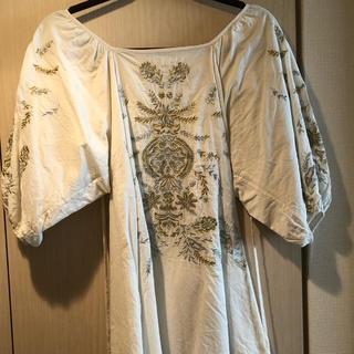 MERCURYDUO - マーキュリーデュオ 刺繍カットソー