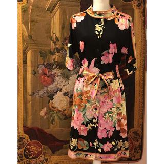 レオナール(LEONARD)の美品 レオナール  お花がいっぱいの可愛いドレス クーポン中のみのセールです(ひざ丈ワンピース)