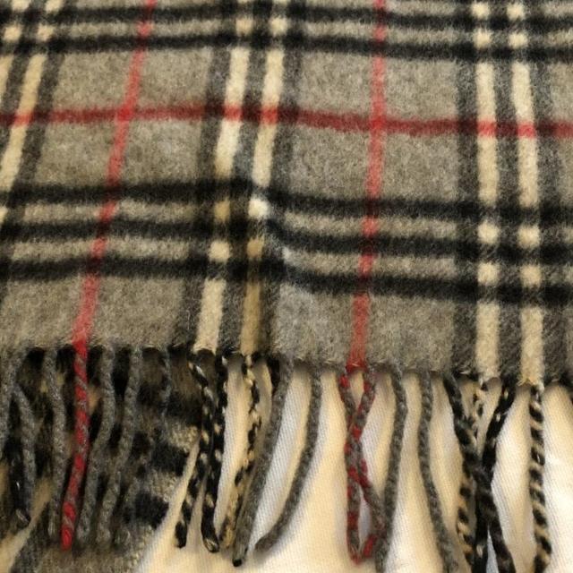 BURBERRY(バーバリー)のバーバリーズ マフラー 表記無し カシミヤ フリンジマフラー レディースのファッション小物(マフラー/ショール)の商品写真