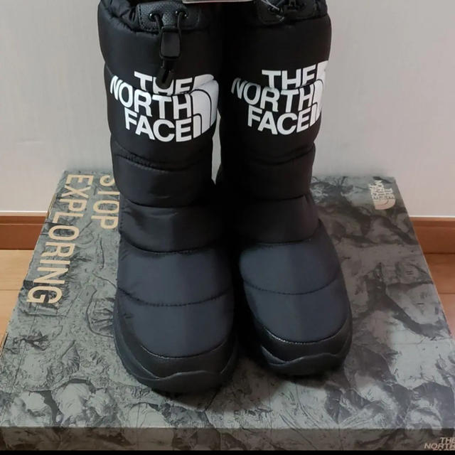 THE NORTH FACE(ザノースフェイス)のTHE NORTH FACE ザノースフェイス ブーツ ヌプシ ブーティー25 レディースの靴/シューズ(ブーツ)の商品写真