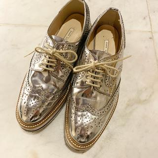 ザラ(ZARA)のZARA シルバー プラットフォームシューズ 36(ローファー/革靴)