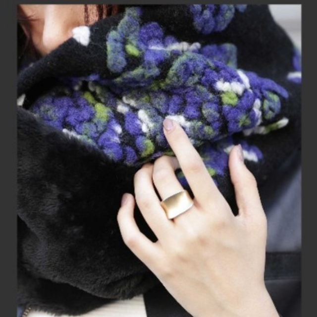 antiqua(アンティカ)の新品☆アンティカ スヌード レディースのファッション小物(スヌード)の商品写真