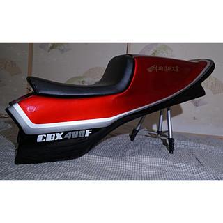 ホンダ - 美品 CBX400F赤黒シングルシートセット