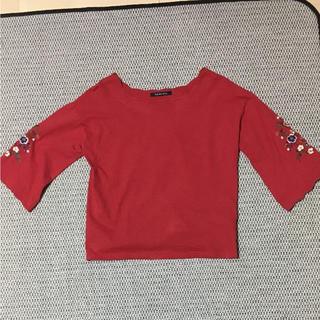 しまむら - しまむら 刺繍シャツ 赤 トップス