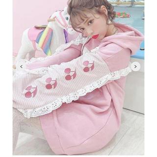 Swankiss - スワンキス新作チェリー刺繍フリルパーカー即完売品 新品タグ付 色ピンク 超レア!