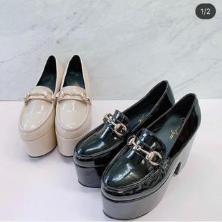 エブリン(evelyn)のevelyn ローファー 厚底 ブラック(ローファー/革靴)