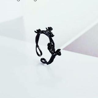 ブラックフラワーリング(リング(指輪))