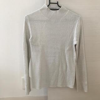 ジーユー(GU)のGU ラメ入りニット 白×シルバー(ニット/セーター)