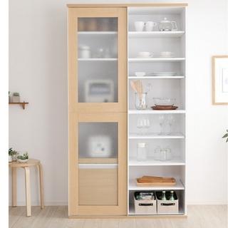 ガラス引き戸食器棚(キッチン収納)