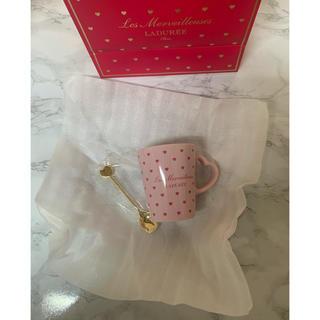 レメルヴェイユーズラデュレ(Les Merveilleuses LADUREE)のLADUREE マグカップ ノベルティ(グラス/カップ)