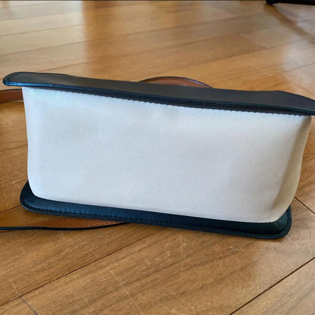 ZARA(ザラ)のゆき様*専用 レディースのバッグ(ショルダーバッグ)の商品写真