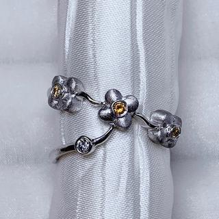 ●Karati 天然 ダイヤモンド イエローダイヤ フラワーリング(リング(指輪))